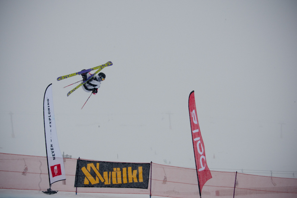 Byron Wells boosts in the halfpipe