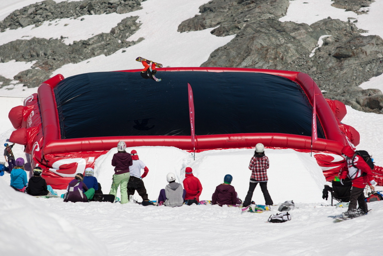 Camp of Champions O'Neill Acrobag