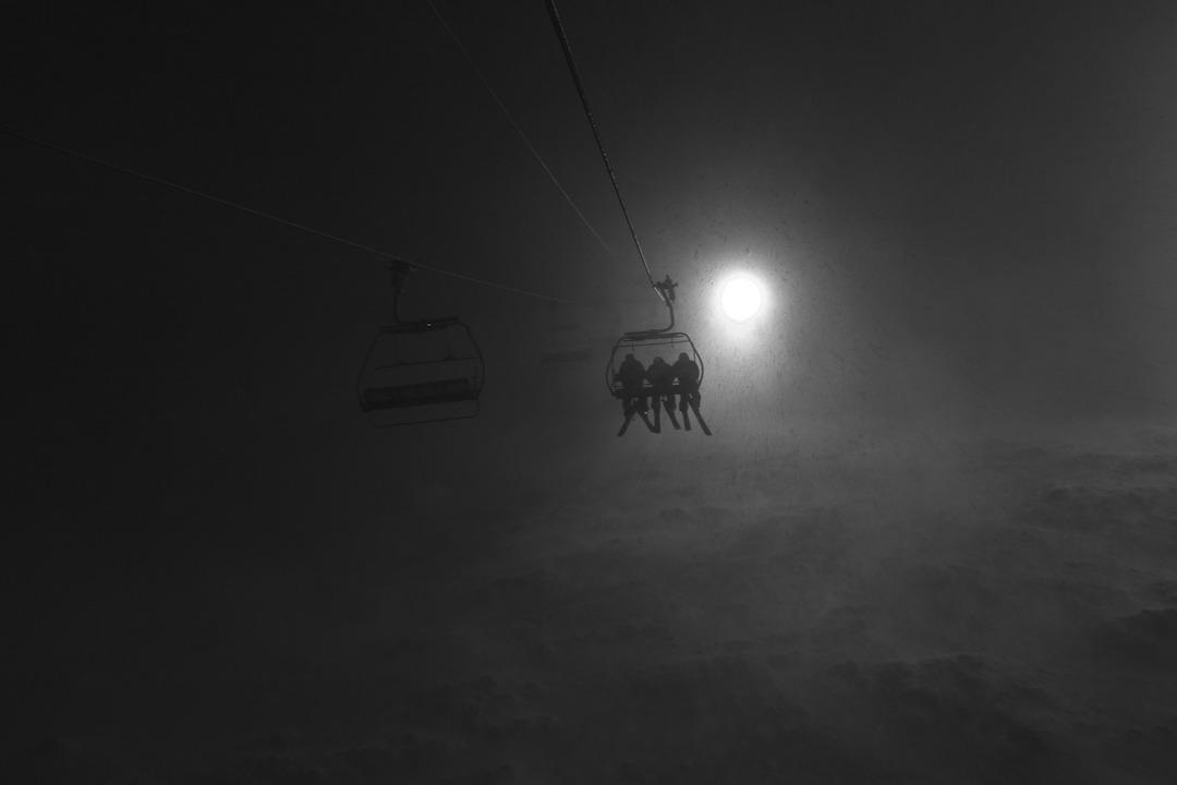 Night shred. Huge fan.. Skiers: Crew