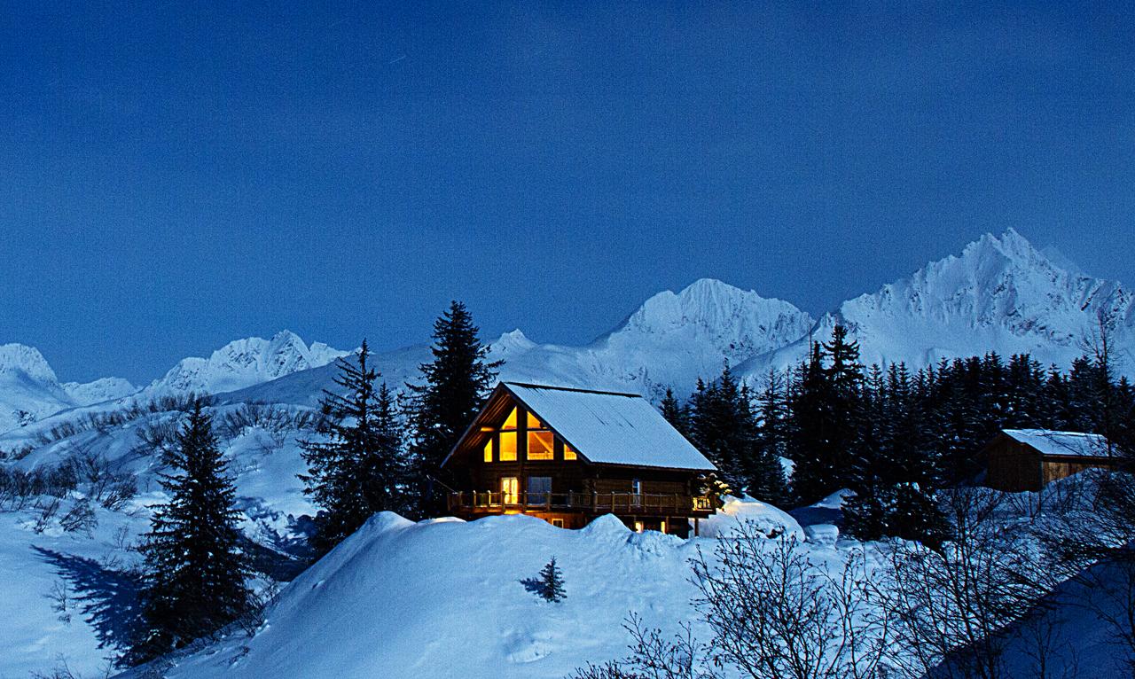 Robe Lake Lodge under the moonlight