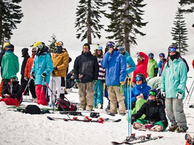 IFSA ski competition spectators