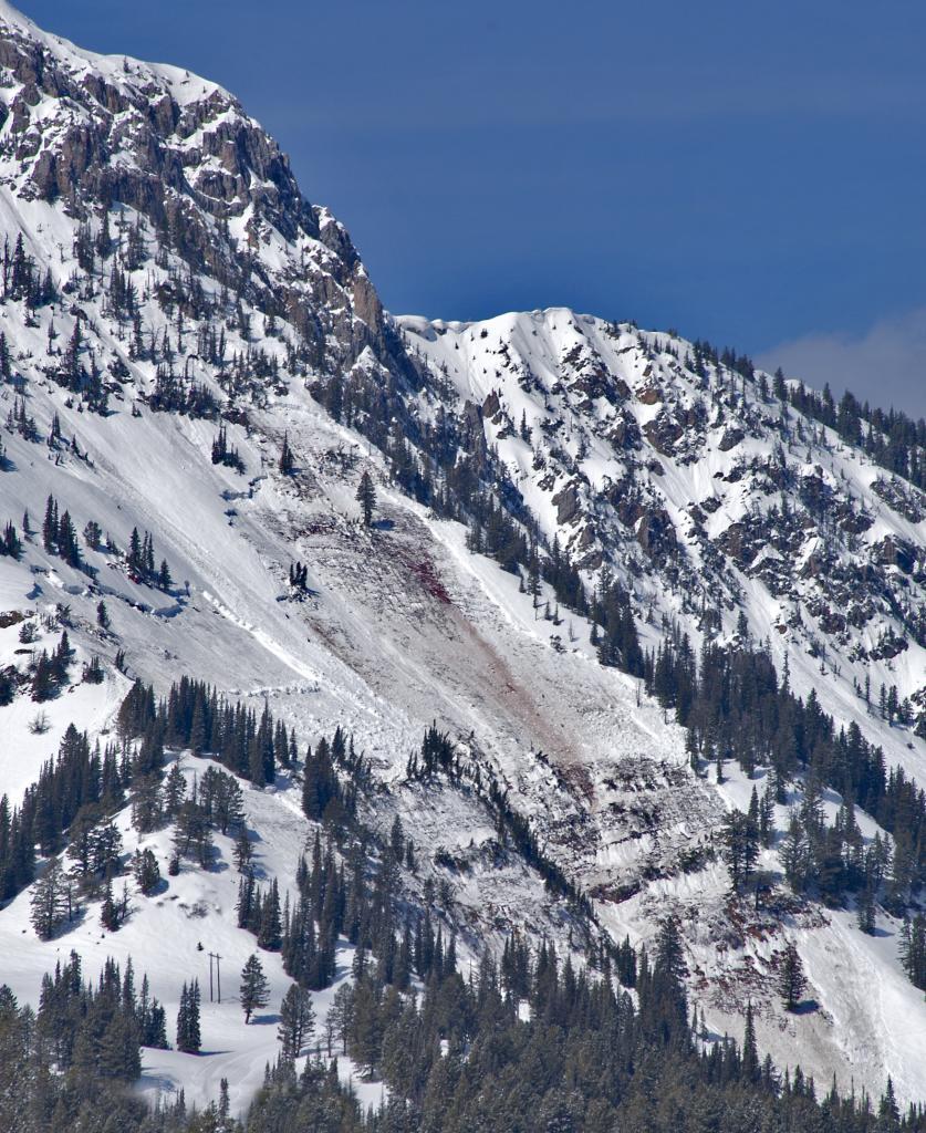 B gully avalanche