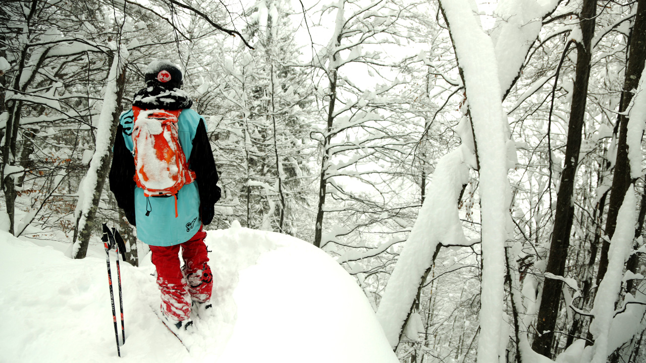 Tim Durtschi skis Austrian powder