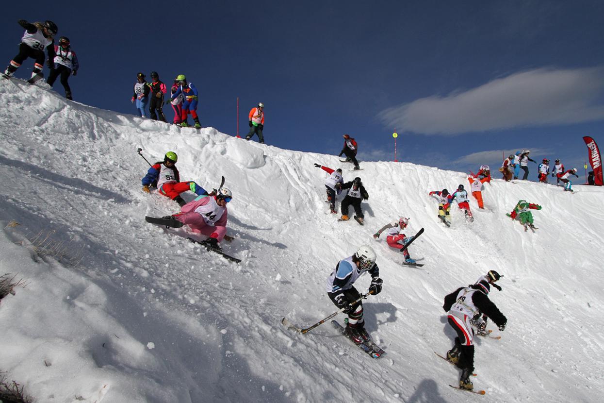 SNOWLERBALDE Downhill