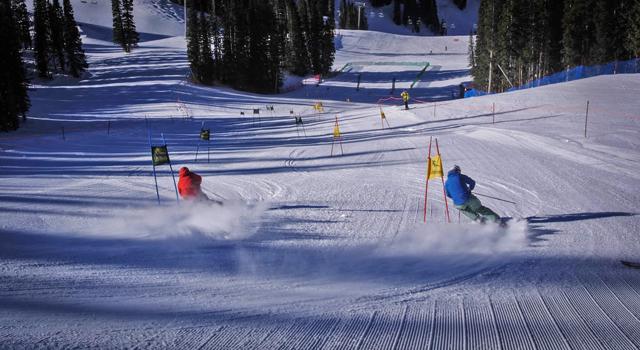 Crowdtrip-NASTAR-racing-Aspen-mountain-TGR-crowdtrip.jpg