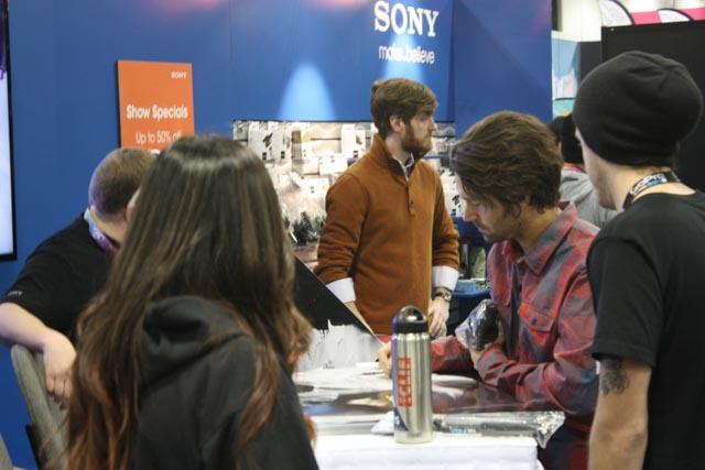 Jeremy.Jones.Signing.Autographs.at.SIA.jpg