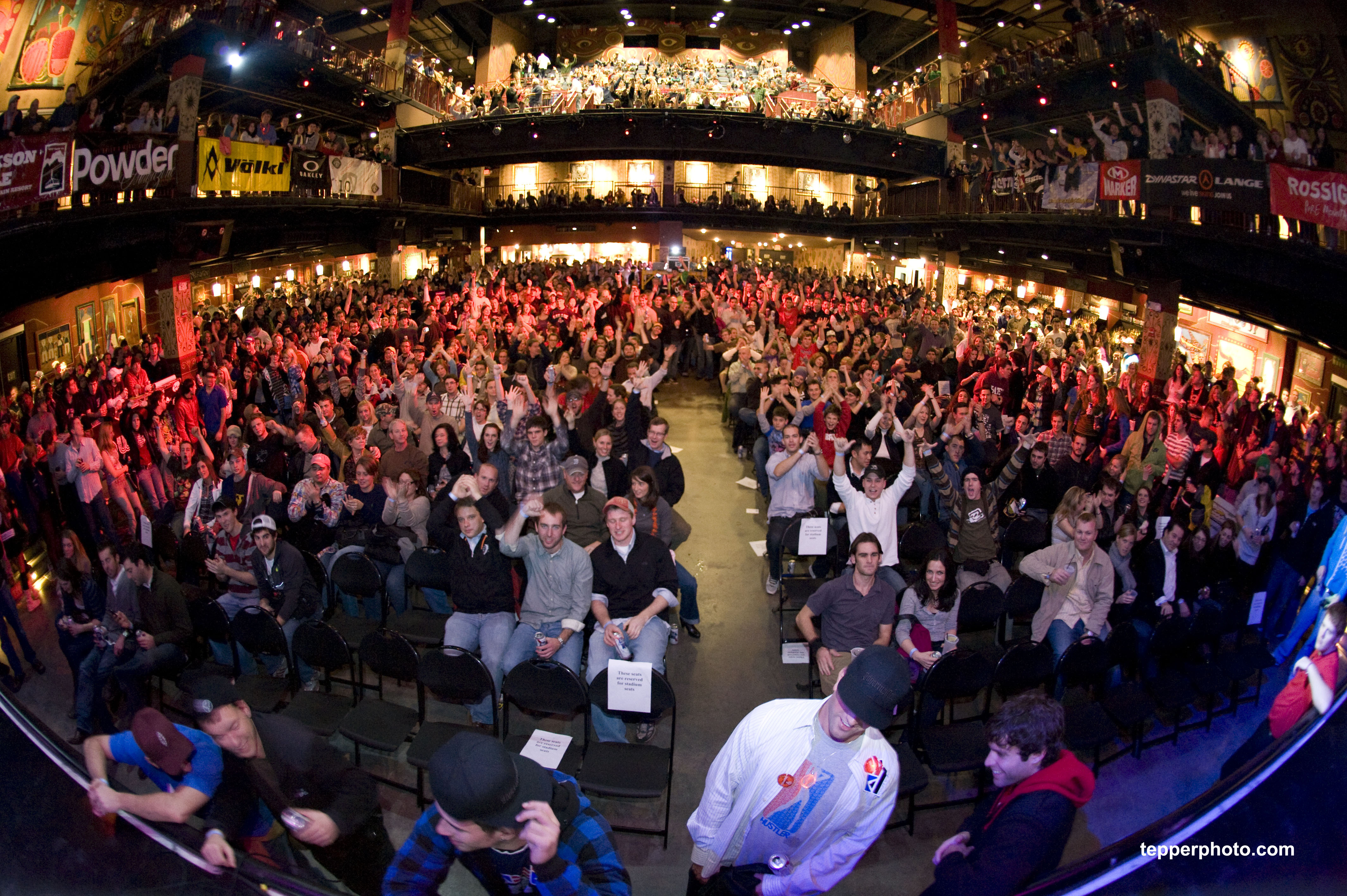 1,900 people packed the House of Blues