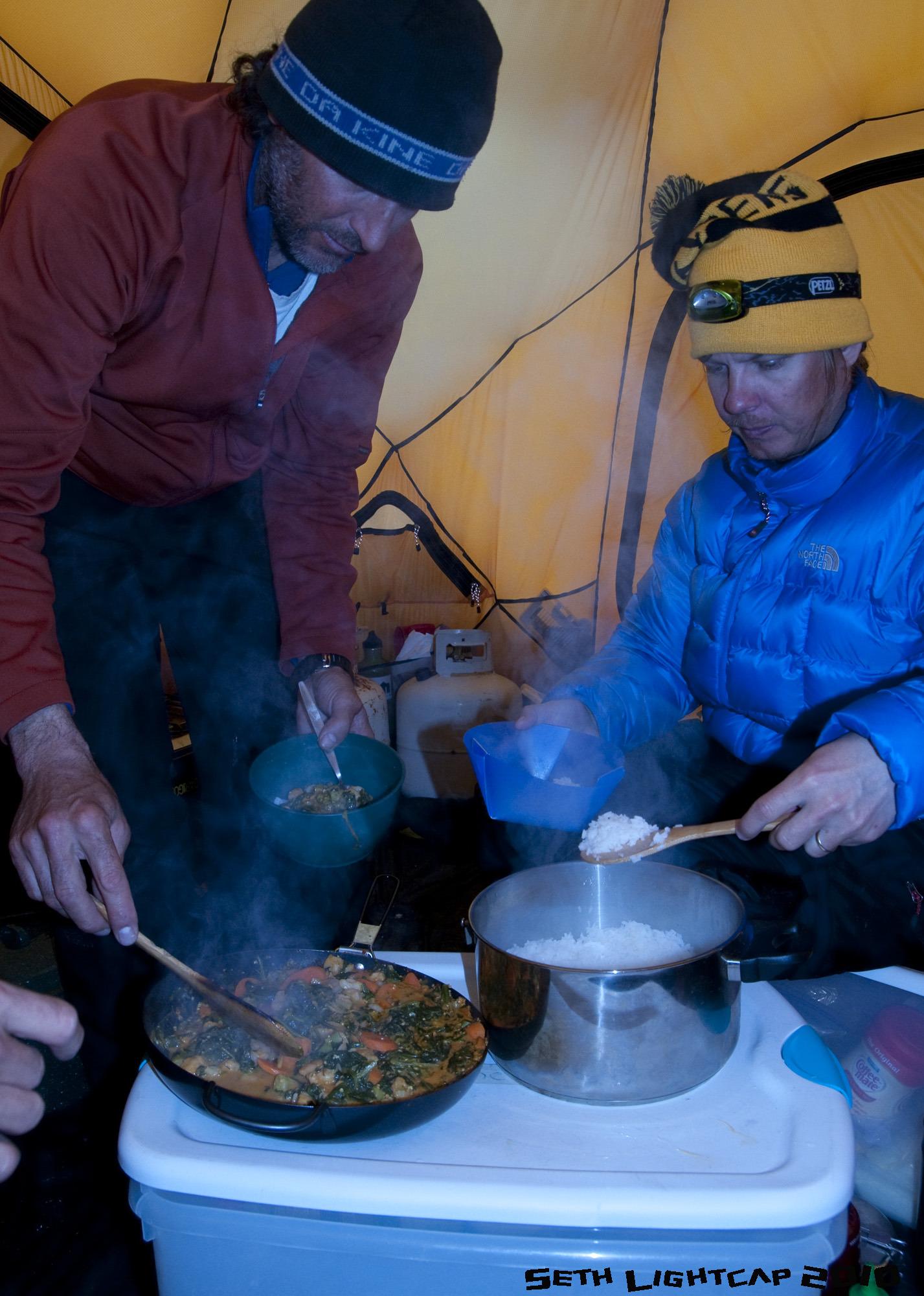 Burt and Repo serve curry
