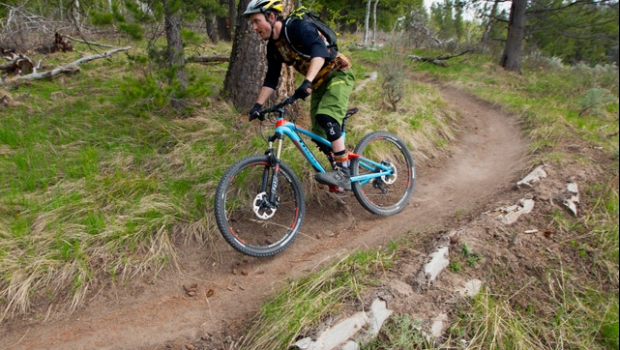 Should You Be Riding Flat Or Clipless Pedals Teton Gravity Research