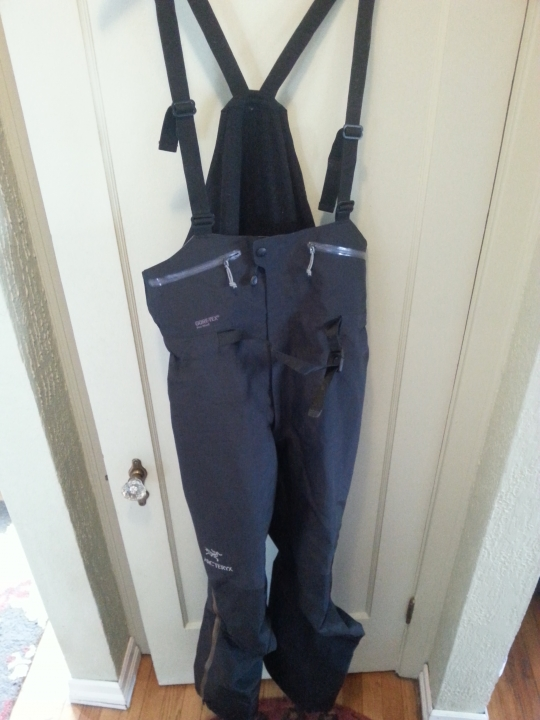 c269bc547e Just picked these Arcteryx Theta SV bibs up last month, used twice - prefer  pants instead. like new condition, zero issues....hard to find Large-tall  size, ...