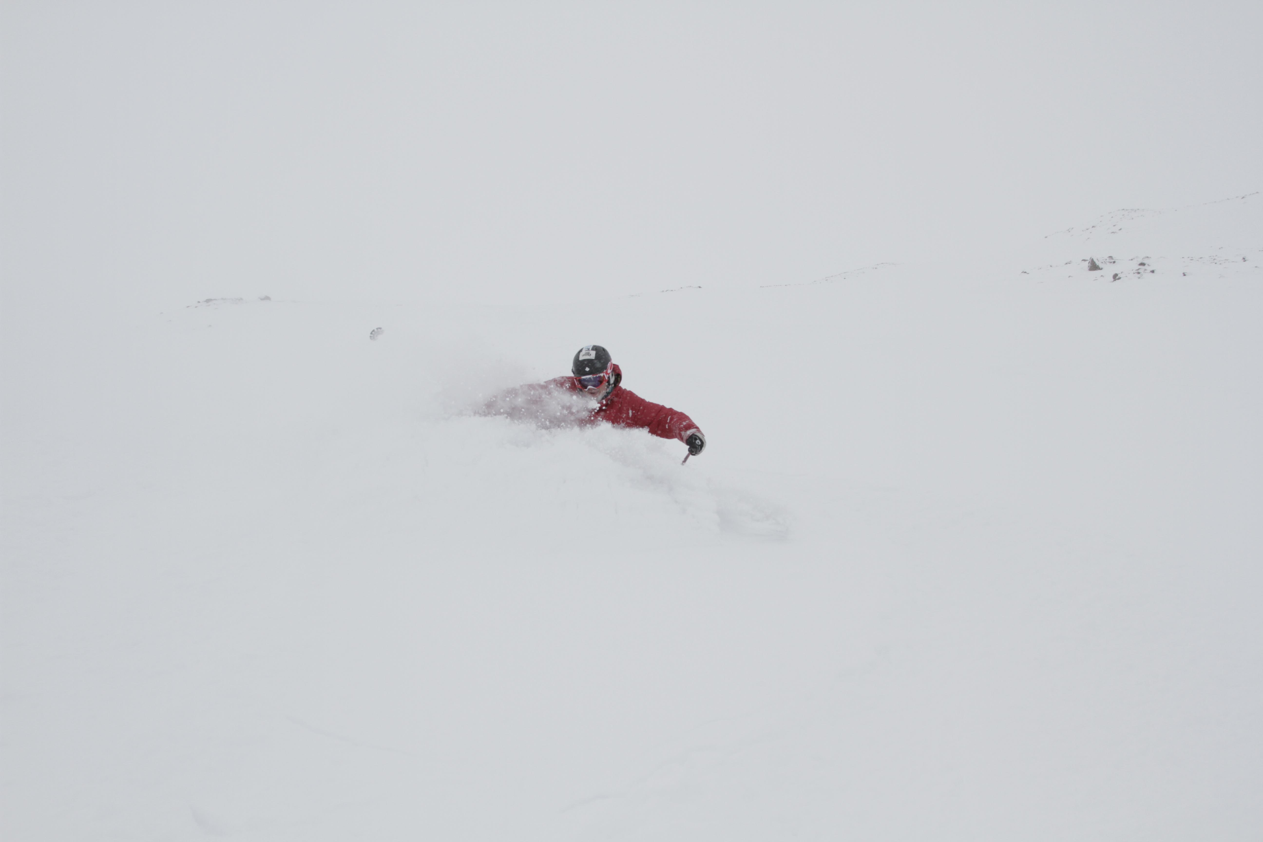 Rory Bushfield scoring Icelandic deep