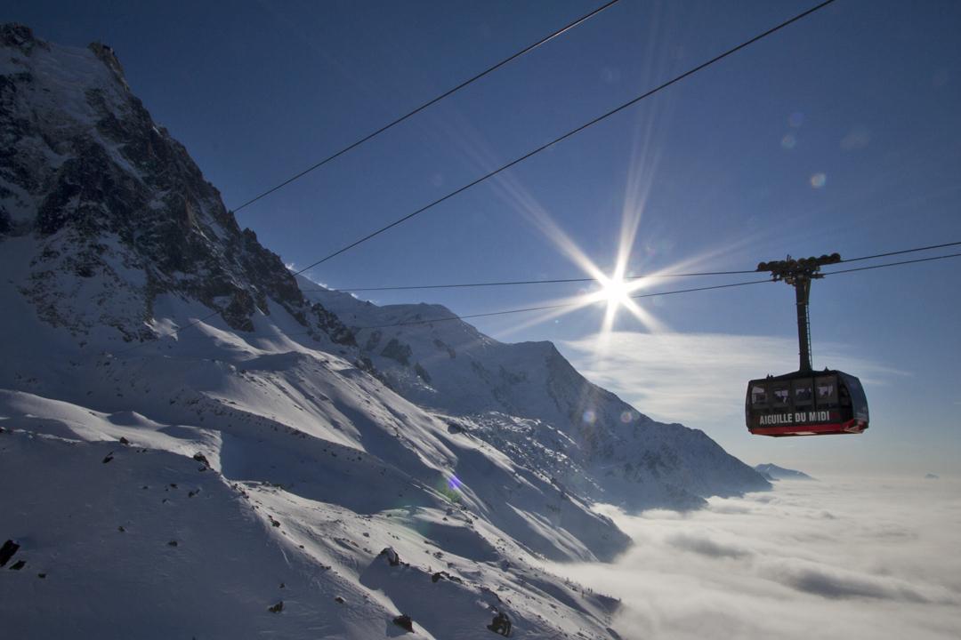 ترام جوي في جبال الألب