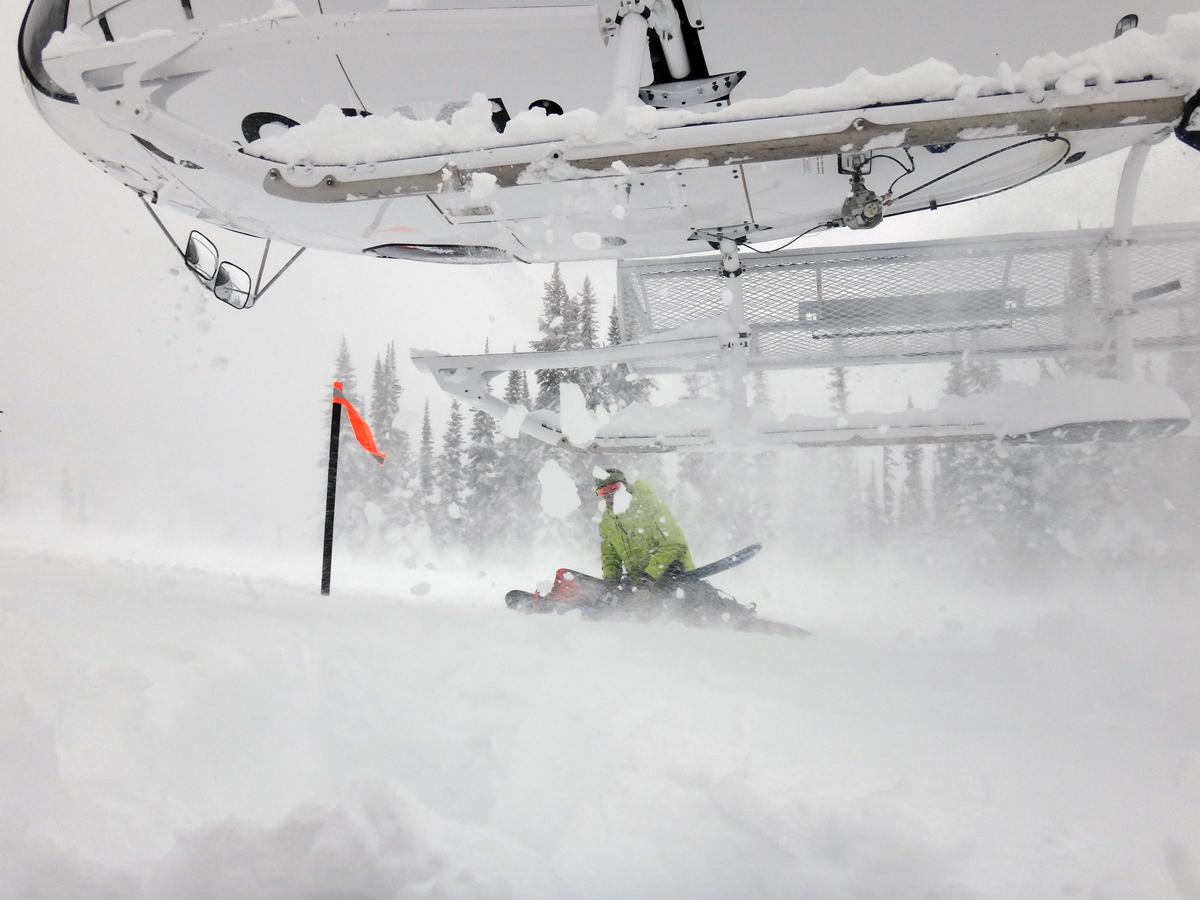 Eagle Pass Heli Skiing