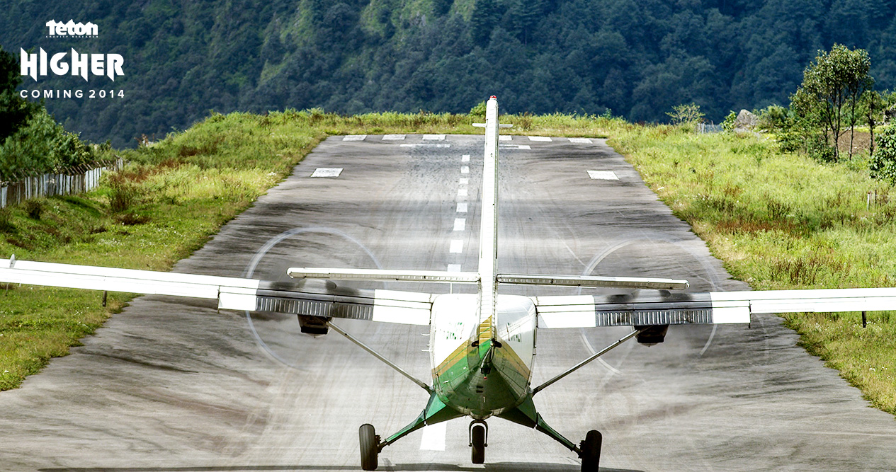 Lukla_Airport_Takeoff.jpg
